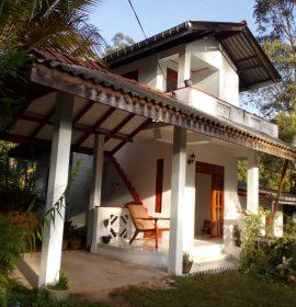 NADUNI HOME STAY